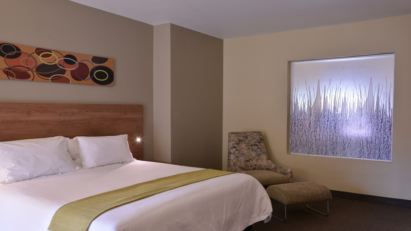 Room The Birchwood Hotel And Or Tambo Conference Centre