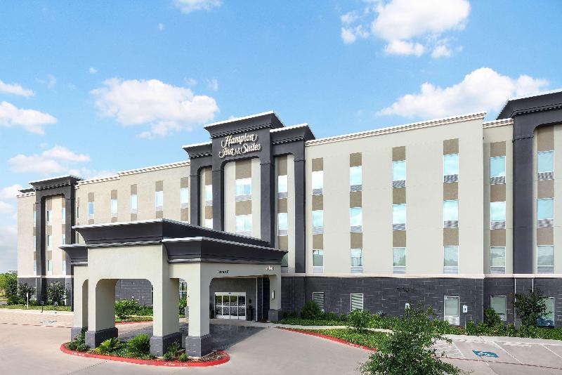 General view Hampton Inn And Suites San Antonio Brooks City Bas