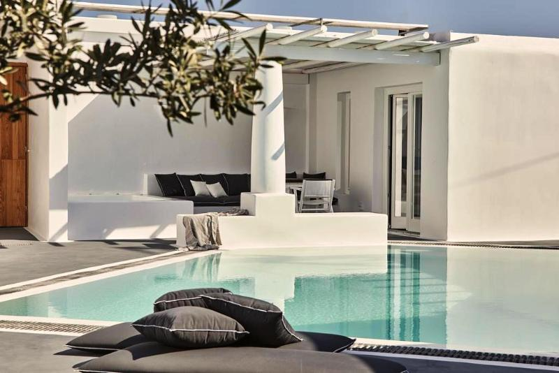 General view Boho Suites Santorini
