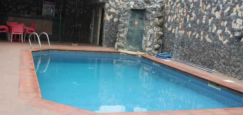 Pool Class Suites