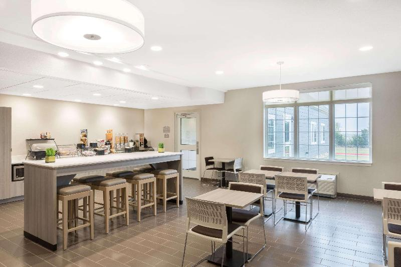 Restaurant Microtel Inn & Suites By Wyndham Perry