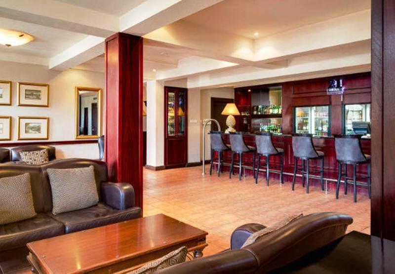 Bar Protea Hotel Blantyre Ryalls