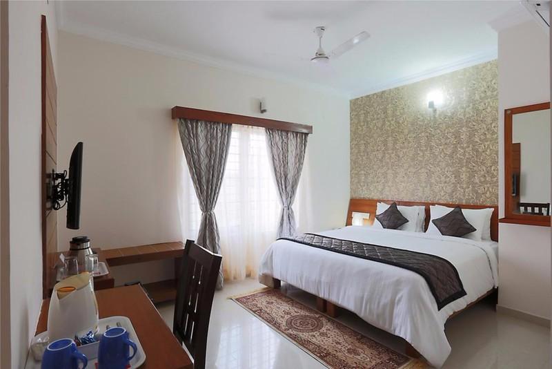 Room High Sky, Marathahalli