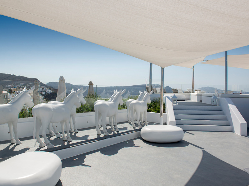 Terrace Canaves Oia Sunday Suites