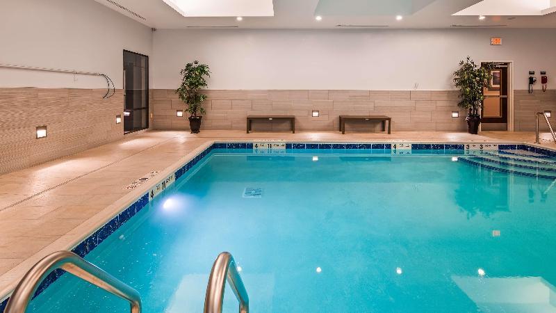 Pool Best Western Plus The Hammondsport Hotel