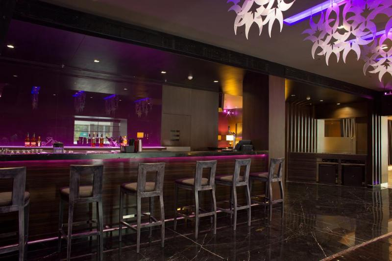Bar Clarion Hotel Chennai