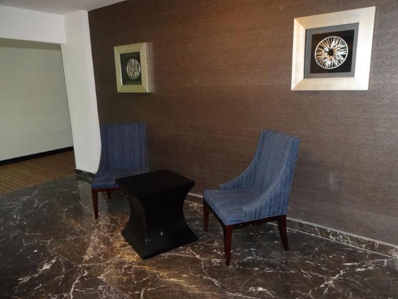 Lobby Clarion Hotel Chennai