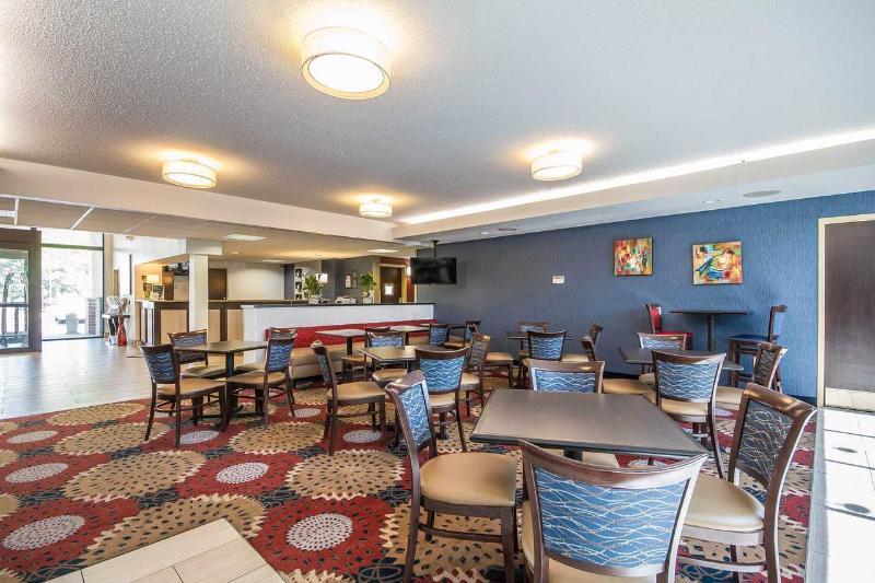Restaurant Comfort Inn Madison  Downtown
