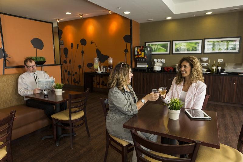 Restaurant Sleep Inn & Suites Austin  Northeast