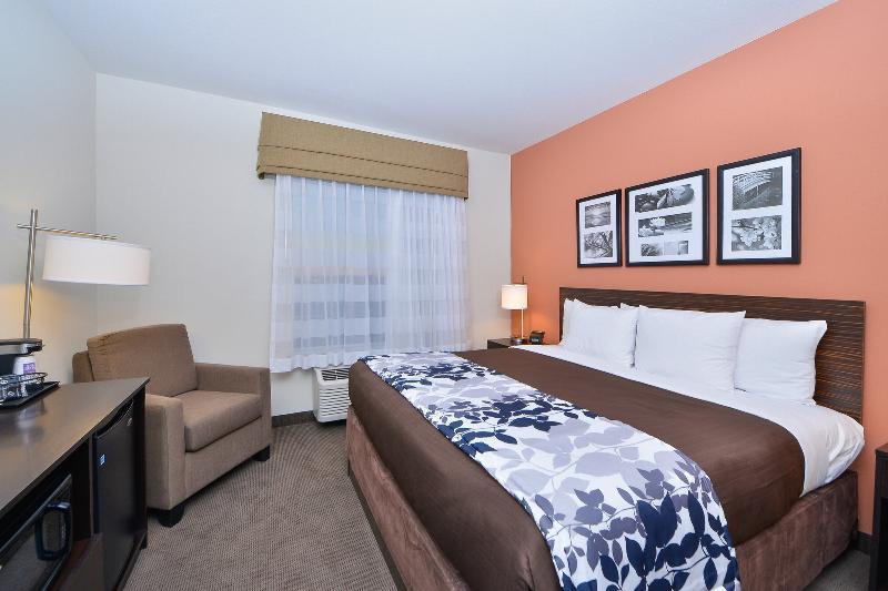 Room Sleep Inn & Suites Austin  Northeast