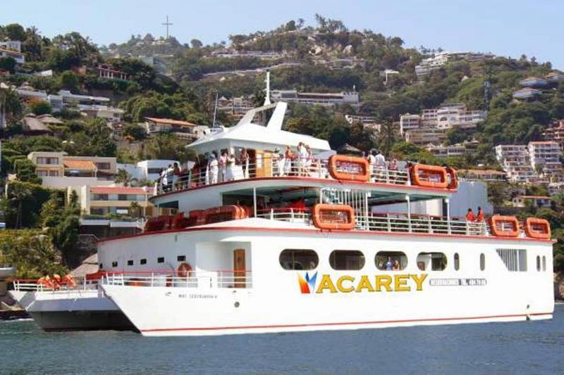 Sports and Entertainment Acamar Beach Acapulco