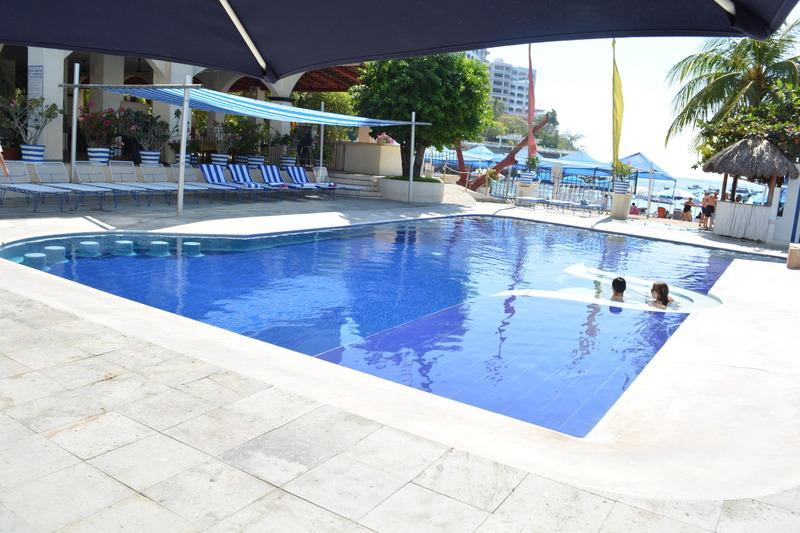 Pool Acamar Beach Acapulco