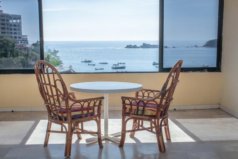 Room Acamar Beach Acapulco