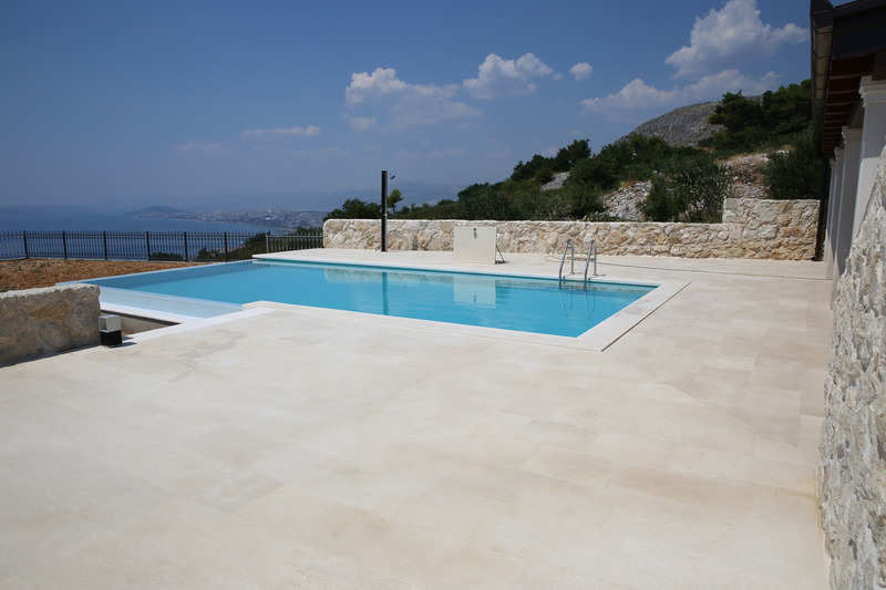 Pool Apartments View 4 You