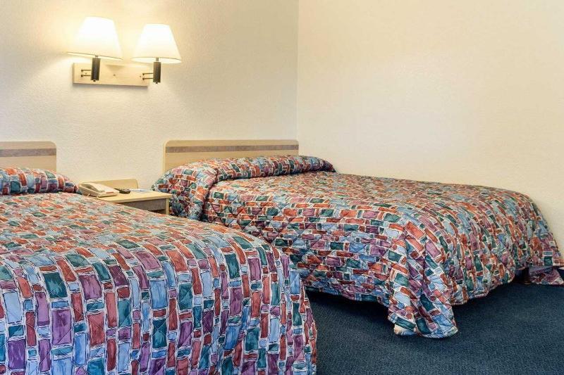 Room Rodeway Inn