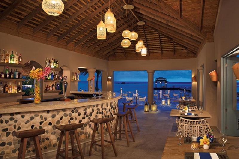 Bar Zoetry Montego Bay