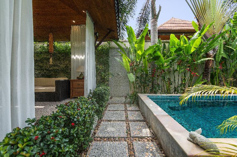 Pool Kokyang Estate By Tropiclook