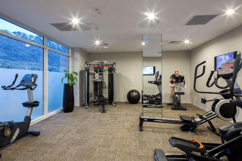 Sports and Entertainment Ramada Hotel & Suite Queenstown Remarkables Park