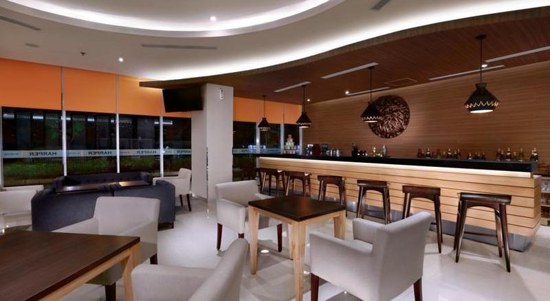 Bar Harper Mt. Haryono Jakarta