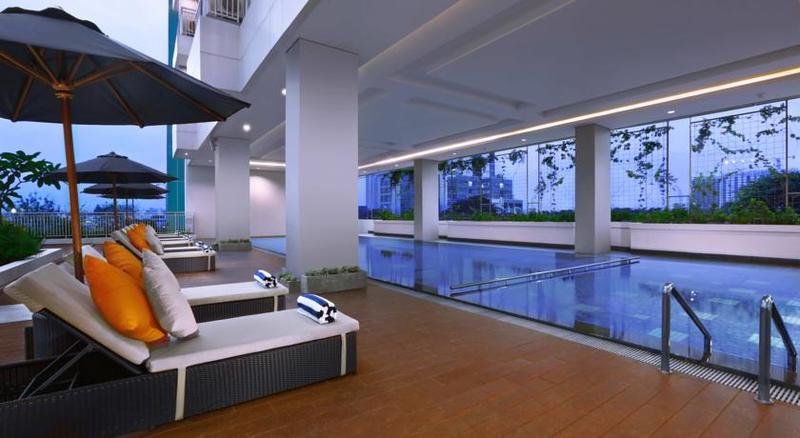 Pool Harper Mt. Haryono Jakarta