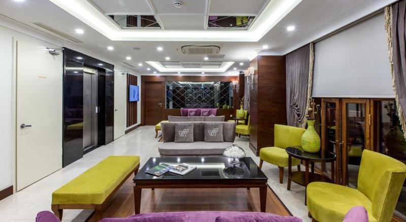 Lobby Ferman Hilal Hotel