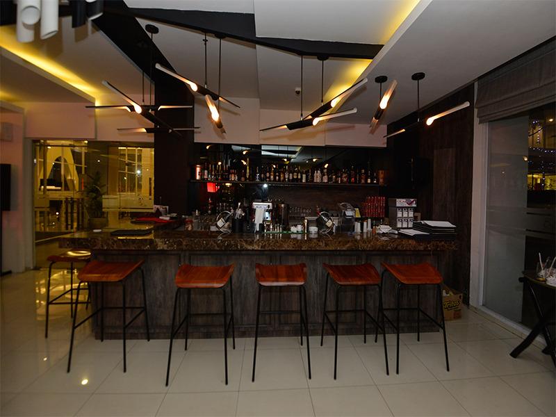 Bar Swiss-belhotel Jambi