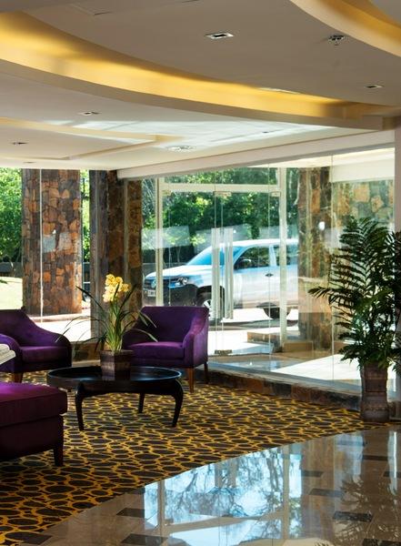 Lobby Falls Iguazu Hotel & Spa