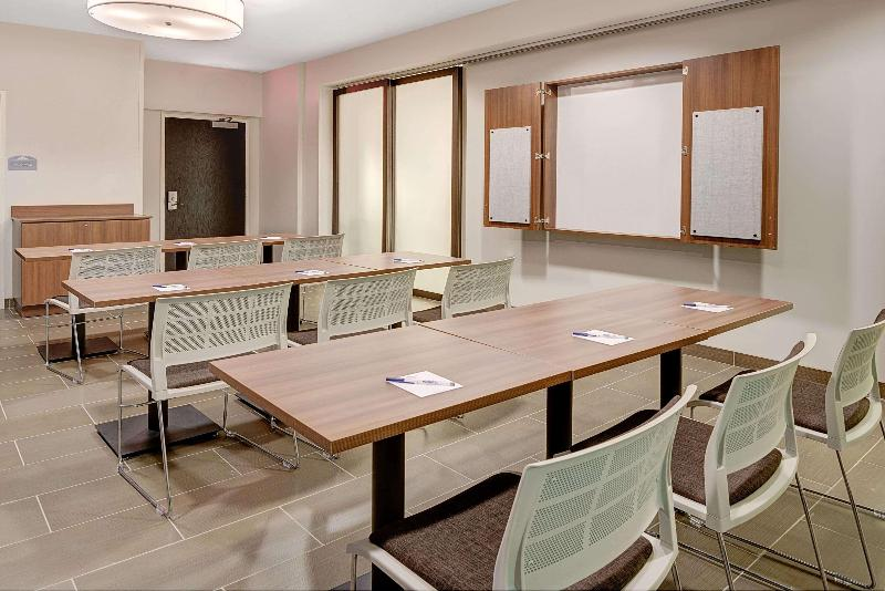 Conferences Microtel Inn & Suites By Wyndham Philadelphia Air