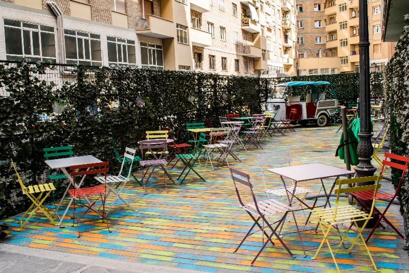 Terrace Trustever Hostel
