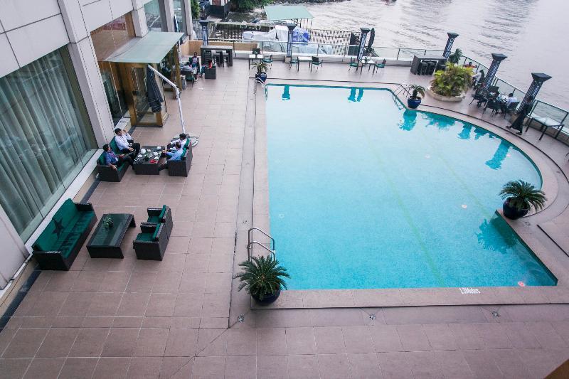 Pool Lagos Oriental Hotel