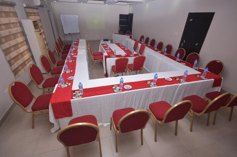 Conferences Gloriana Hotel And Suites