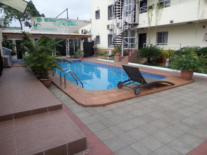 Pool Nne-eka Residence