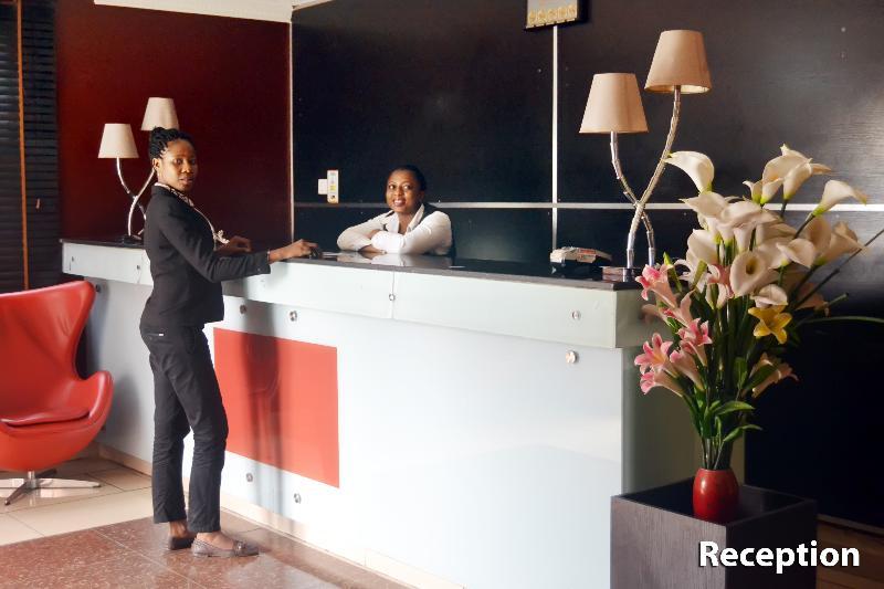 Lobby Villa Angelia Victoria Island & Chinese Restaurant