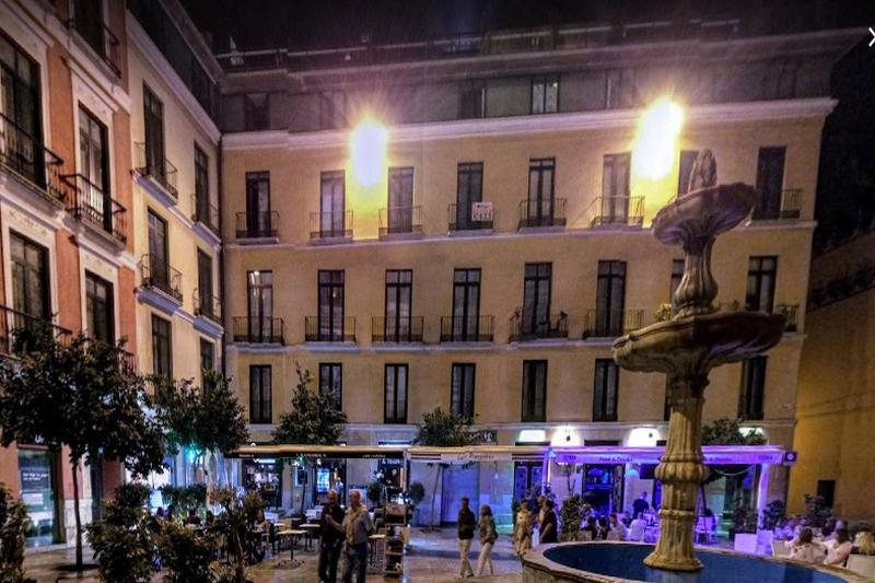 Apartment In Malaga 102286