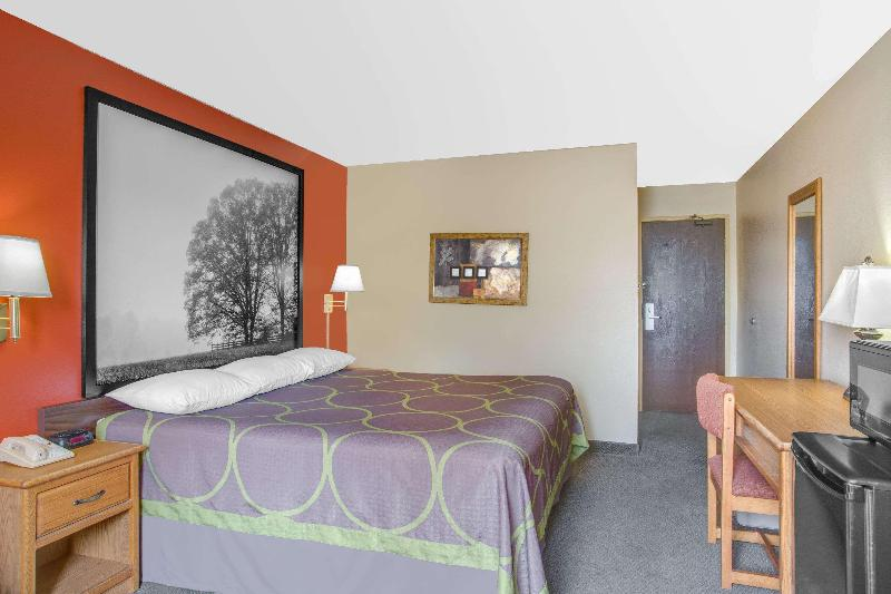 Room Super 8 By Wyndham Christiansburg/blacksburg Area