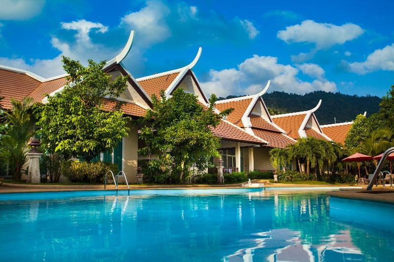 Pool Pattra Vill Resort
