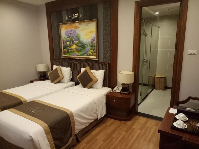 Room Gallant