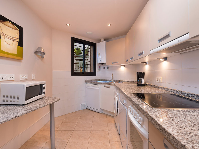 Amazing 2 Bedrooms Apartment - Two Bedroom