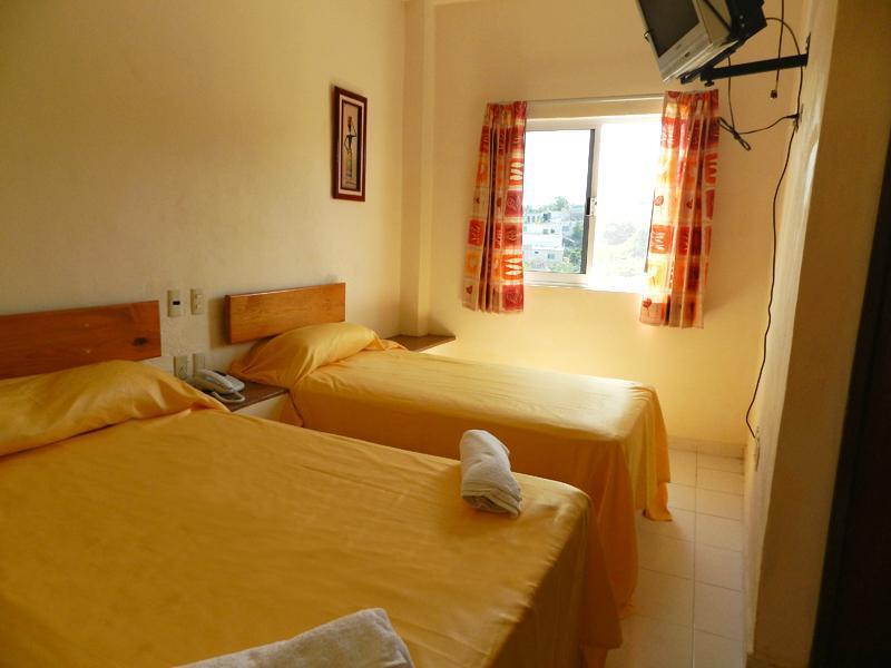Gennadopoulos - Room - 6