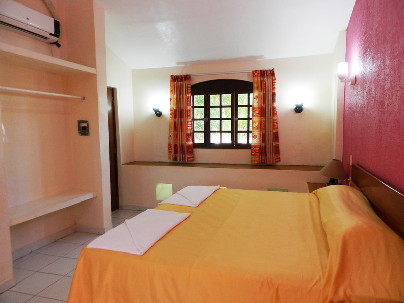 Gennadopoulos - Room - 7