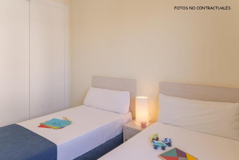 Room Pierre & Vacances Blanes Playa