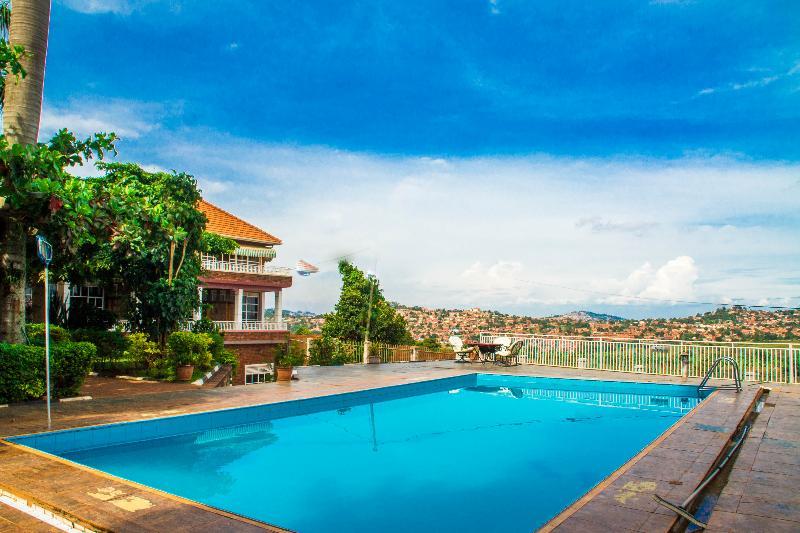 Pool Lindsay Cottages