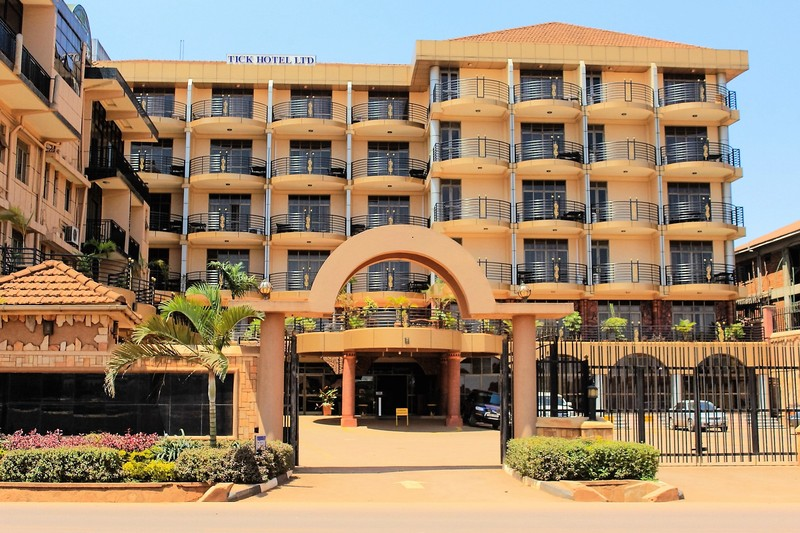 Кампала - Tick Hotel