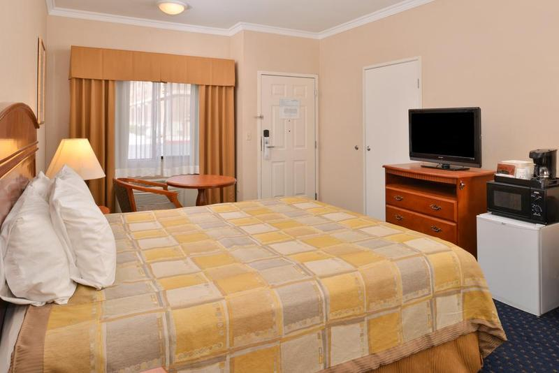 twentynine palms chat rooms Motel 6 twentynine palms is conveniently located just 5 minutes from the main entrance to california's joshua tree national park and twentynine palms marine base relax in our outdoor pool free wi-fi is available in all of our modern rooms.