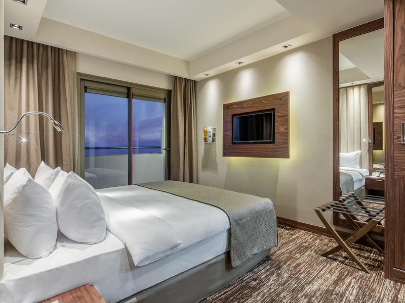 Holiday Inn Antalya Lara