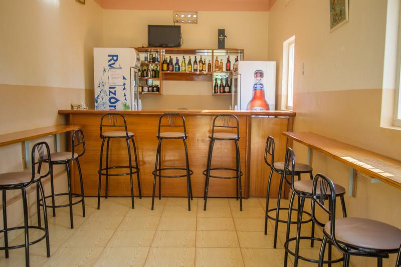 Bar Nile Anchor Palace