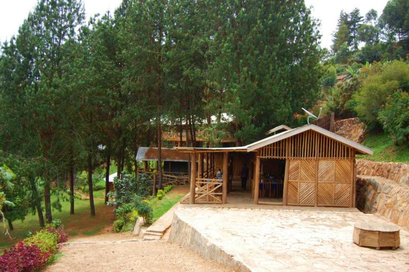 Lobby Bugombe Gateway Camp