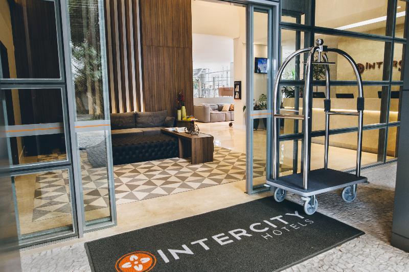 Lobby Intercity Curitiba
