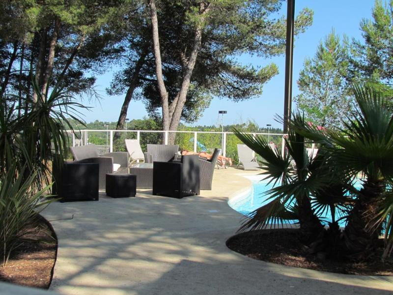 Terrace Kyriad Montpellier Nord Parc Euromedecine