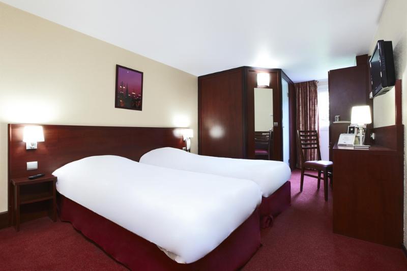 Room Kyriad Bordeaux Lormont